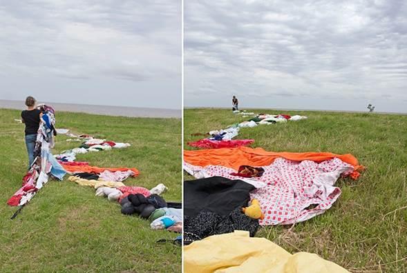 Performance en la costa del Río de la Plata, Marga Steinwasser.