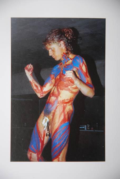 Figura 6: Grayson Perry em performance Neonaturista, década de 1980, Londres