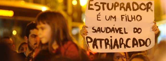 """""""Não há existência sem ação"""" (Beauvoir, 2005). Foto disponível em: https://ibase.br/pt/noticias/pelo-fim-da-cultura-do-estupro/"""